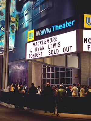 Wamu Theater Seattle Wa Louis C K Panic At The